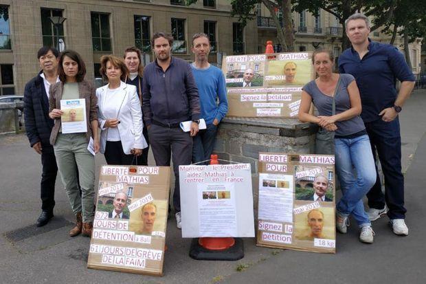 Rassemblement en soutien à Mathias Echène, le 31 mai 2019 à Paris.
