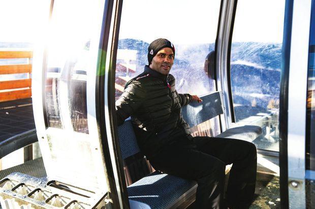 TP a racheté 80% de la société des remontées mécaniques de Villard-de-Lans. Ici, dans une cabine qui le mène au sommet de la station.