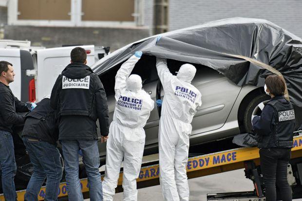 2 Mars. La police scientifique a fait « parler » la voiture de Sébastien Troadec retrouvée non loin du port de Saint-Nazaire.