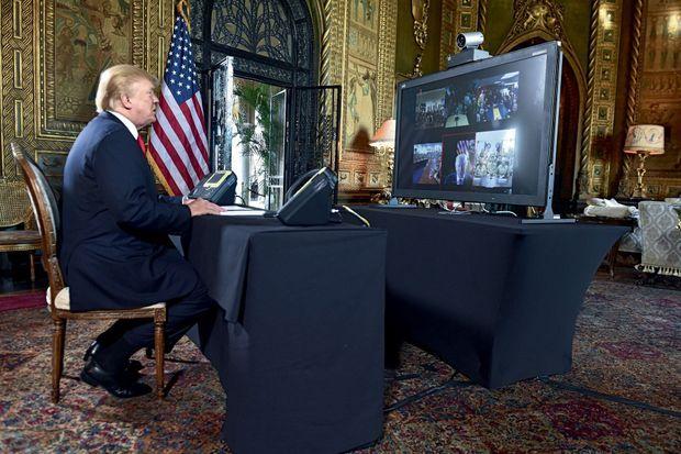 Le 24 décembre, le président s'adresse aux soldats américains en mission à l'étranger