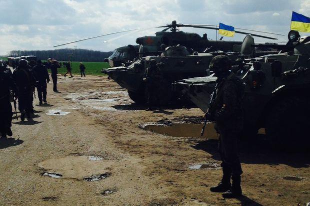 Les troupes attendent les ordres de Kiev.