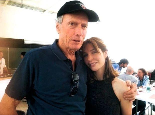 Un ami nommé Clint Eastwood, sur le tournage du film « Le 15 h 17 pour Paris ».