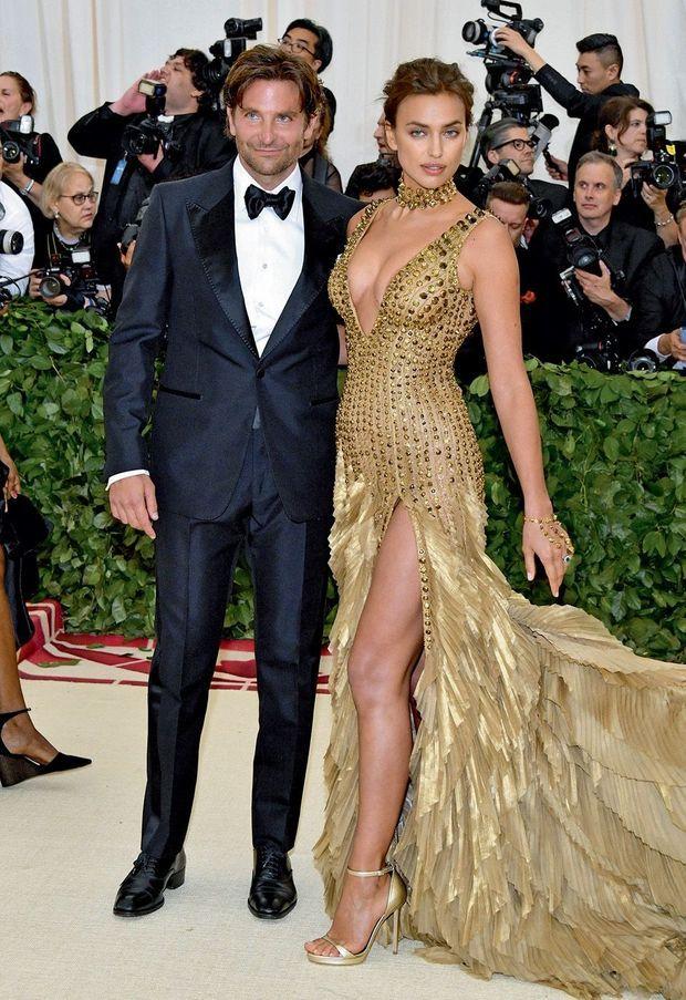 Un couple qui ne passe pas inaperçu. Au bras d'Irina Shayk, le 7 mai, à New York, au gala du Met.