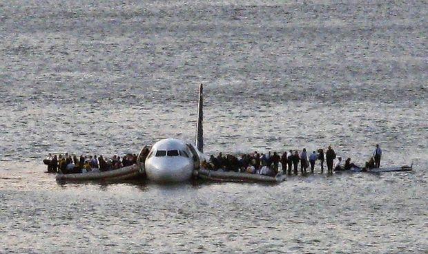 Un miracle. Le 15 janvier 2009, en se posant en catastrophe dans la baie de New York, le pilote a sauvé les 155 passagers du vol 1549.