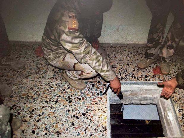 Une des caches d'Al-Baghdadi, dans une maison de Bagdad. Elle a été trouvée par les Faucons, une unité d'élite des renseignements irakiens, fin 2013.
