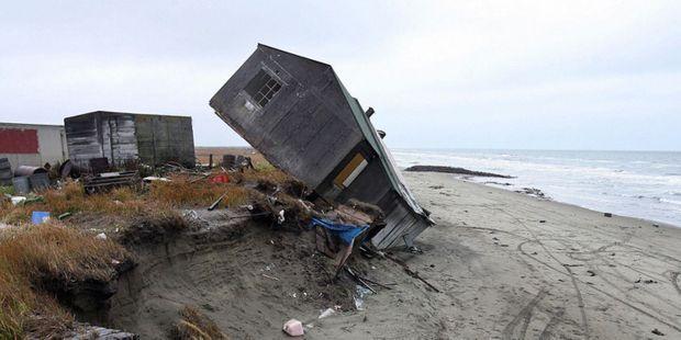 Une maison dévastée et abandonnée à Shishmaref.