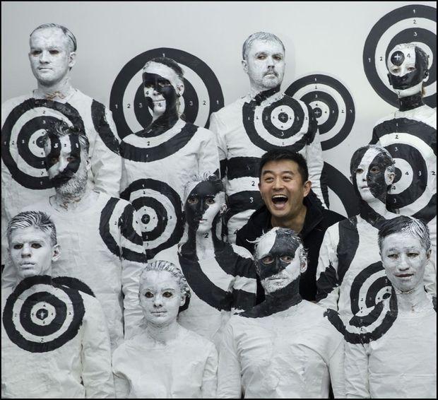 Une performance de body painting de Liu Bolin.