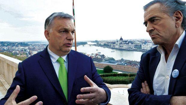 Une rencontre de deux heures avec le Premier ministre Viktor Orban, en sa résidence. Le 8 avril.