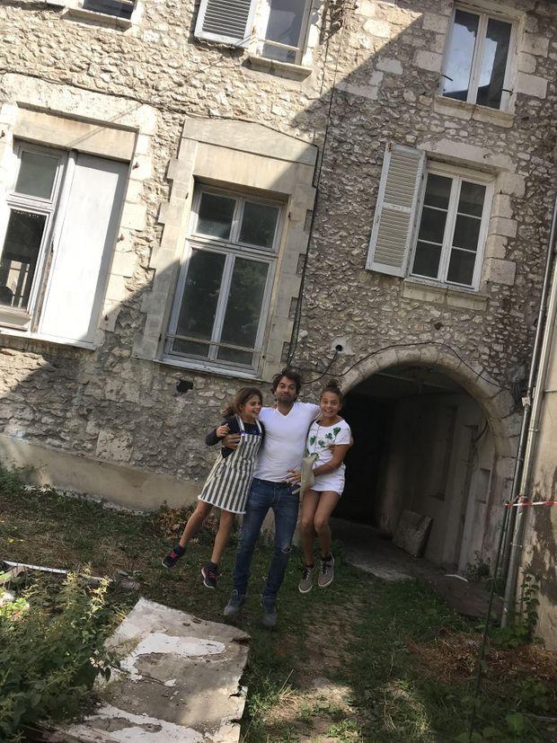 Christophe Dominici était un vrai papa poule. Ici avec ses deux filles Kiara et Mya.