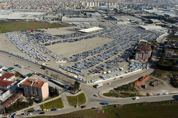 Vue aérienne de l'usine turque de Bursa, en mars 2014. Ce site fabrique la nouvelle Clio V.