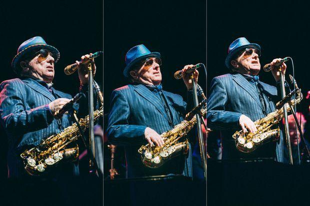 Van Morrison a accepté de jouer deux concerts en une soirée.