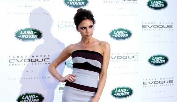 Victoria Beckham promo Range Rover -