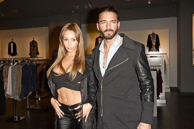 """Nabilla et Thomas, à l'inauguration de leur ligne de vêtements pour la marque """"Blooshop"""", à Aulnay-sous-Bois le 17 septembre dernier"""