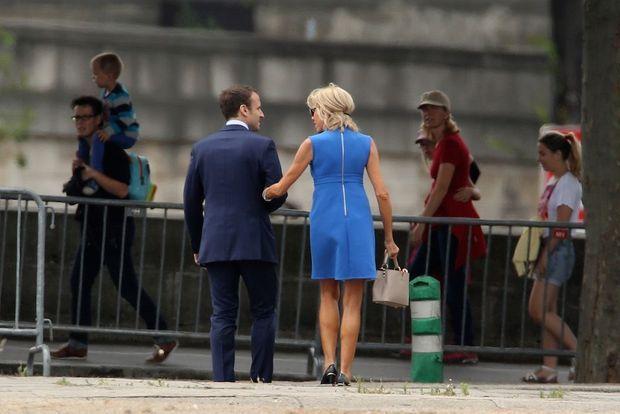 Emmanuel et Brigitte Macron le 14 juillet sur les Champs Elysées.