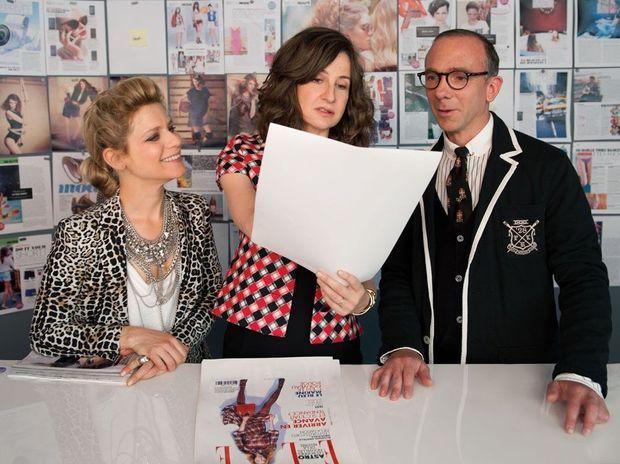 Valérie Lemercier incarne Aleksandra, rédactrice de mode d'un magazine féminin au côté de Marina Foïs, sa collègue et rivale.