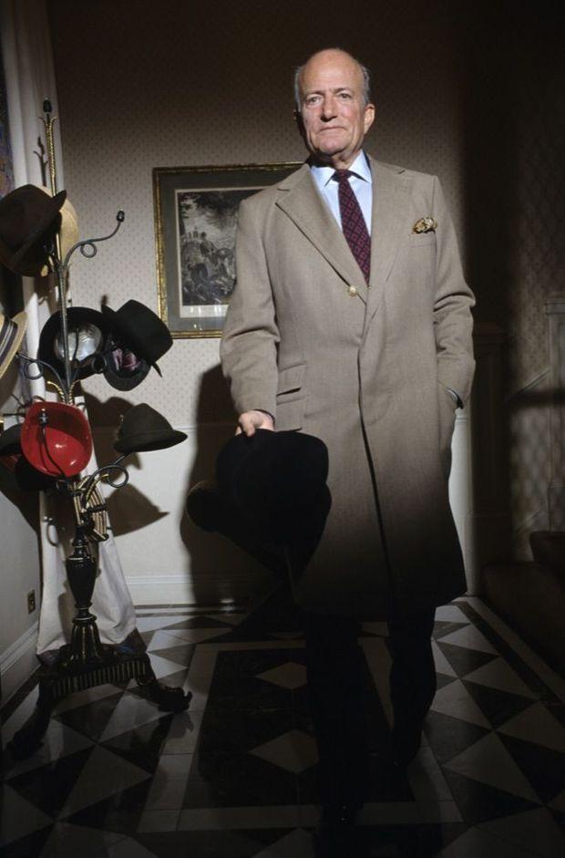 Claus Von Bulow, lors d'une séance photo pour Paris Match en 1990 à Londres.