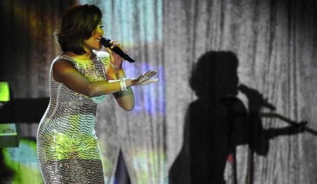 Whitney-Houston-