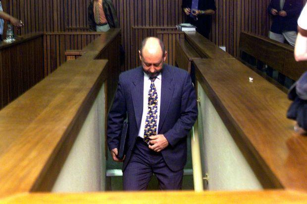 Wouter Basson en 1999, au début de son procès.