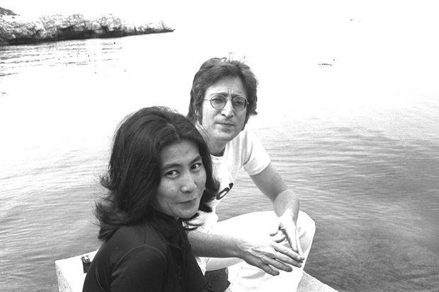 Yoko Ono et John Lennon à Cannes en 1971.