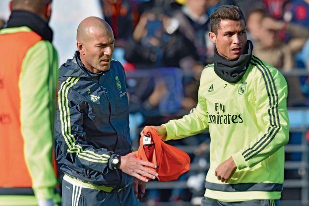 Zizou et Cristiano Ronaldo trois fois Ballon d'or.