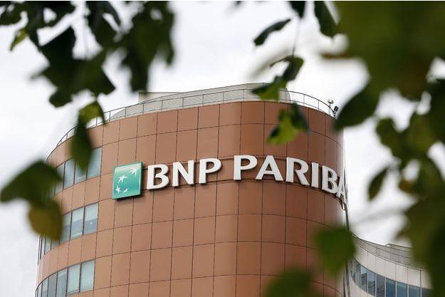 Lourdement condamnée, la banque française BNP Paribas ne perdrait pas le droit d'opérer aux Etats-Unis, selon Reuters.