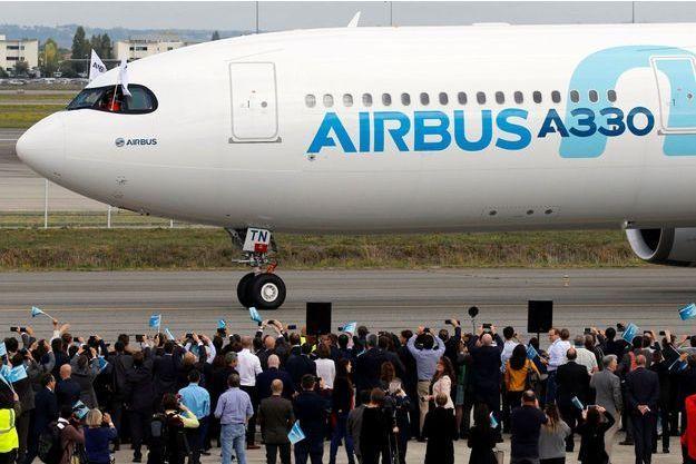 Un Airbus A330 Neo à Colomiers (Haute-Garonne), après son vol inaugural le 19 octobre. L'aéronautique pèse lourd dans le commerce extérieur de la France.