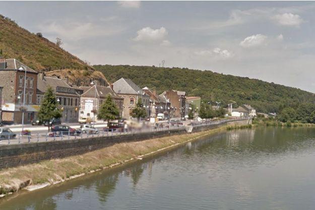 La famille résidait dans la commune de Vireux-Molhain, dans les Ardennes.