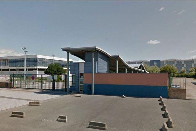 Le lycée où a eu lieu l'agression.
