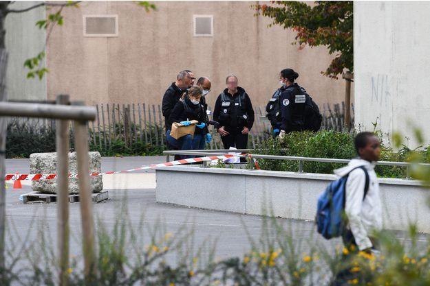 Les deux victimes, touchées à la tête, sont décédées.