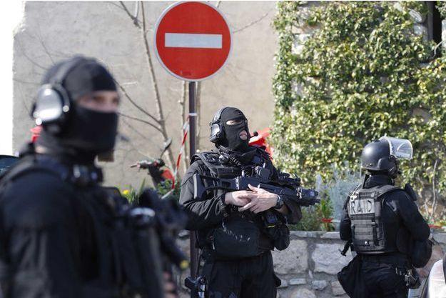 Le RAID a participé à l'arrestation du jeune qui a ouvert le feu dans son lycée.