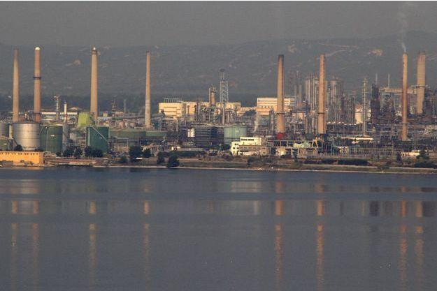 Le site pétrochimique LyondellBasell à Berre-l'Etang, ici en 2011.