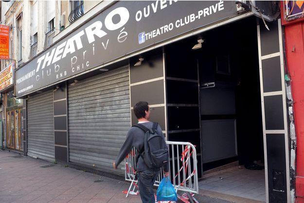 Le Theatro visé par les tirs en 2012, à Lille.