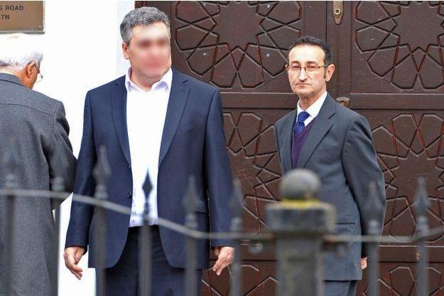 Zaid Al-Hilli lors des funérailles de son frère et de sa belle-soeur, le 21 octobre 2012.