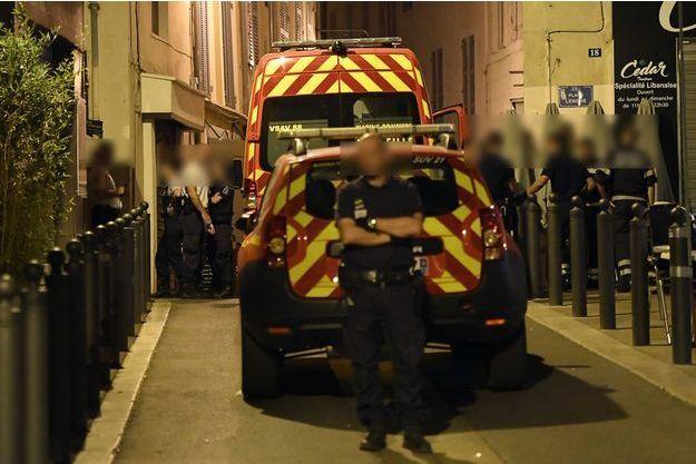 La fusillade s'est produite devant un bar près de la place de Lenche (2e arrondissement).