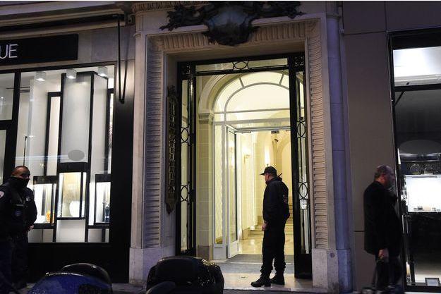 L'entrée des bureaux de l'horloger de luxe Girard Perregaux, à Paris.