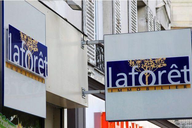 L'enseigne d'une agence immobilière Laforêt à Paris (Image d'illustration).