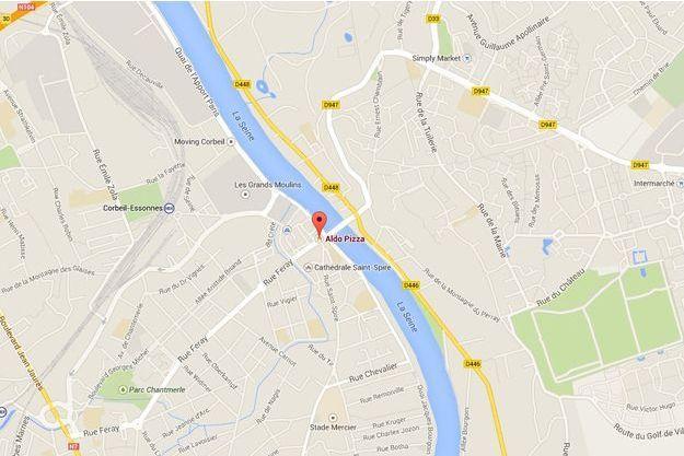 L'enseigne Aldo Pizza se trouvait à proximité de la Seine.