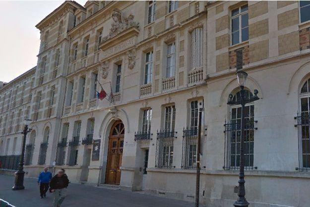 Les six collégiens soupçonnés d'attouchements sont passés en conseil de discipline lundi.