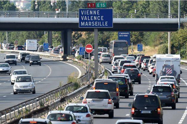 Trois jeunes âgés de 17 à 24 ans sont morts sur l'autoroute A7 (image d'illustration).