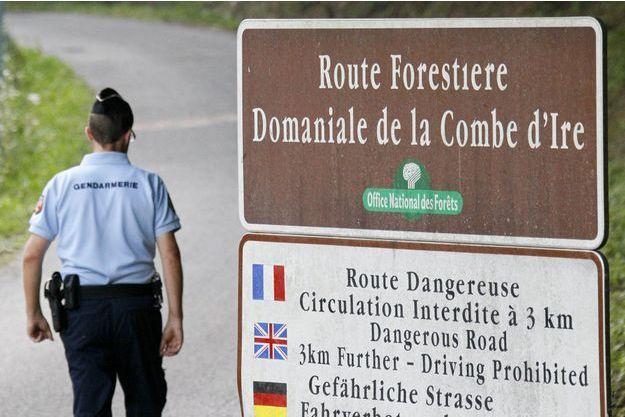 Le motard blanchi a emprunté la route forestière de la Combe d'Ire à l'heure approximative de la tuerie.