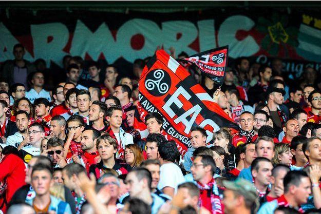 Des supporters de l'En Avant Guingamp.
