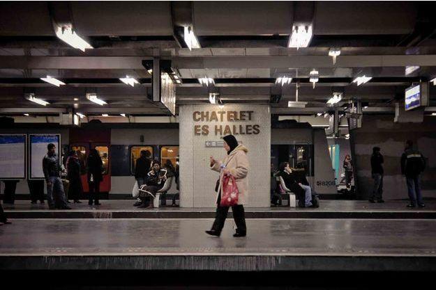 Les quais de la station de RER Châtelet les Halles.
