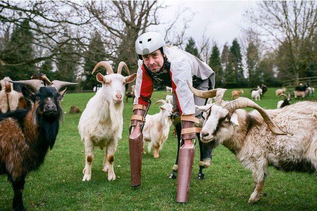 """L'homme-chèvre remporte le prix """"Ig Nobel"""" de biologie"""