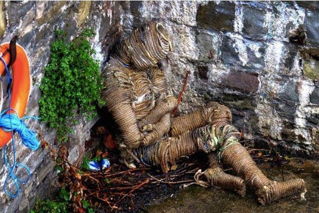 La momie de cordes découverte sous un pont de Bristol.