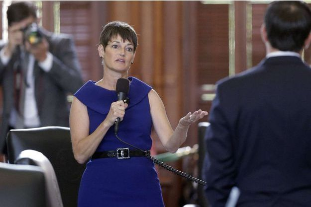 """La sénatrice républicaine Texas Donna Campbell à l'origine de la loi """"anti charria""""."""