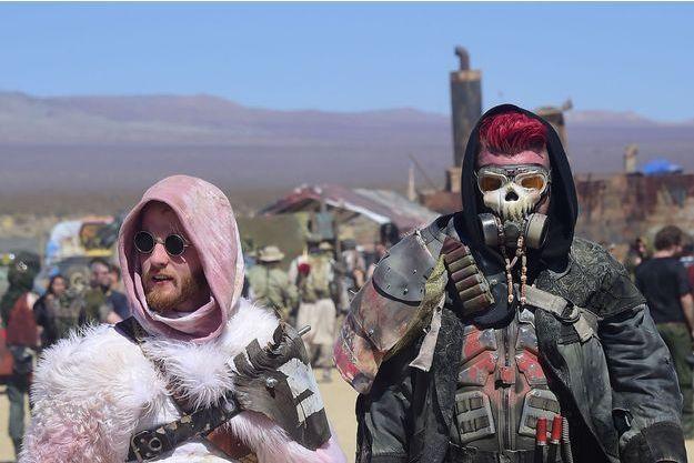 Max Fans Mad Mojave De Envahissent Le Les Désert q5ARj34L