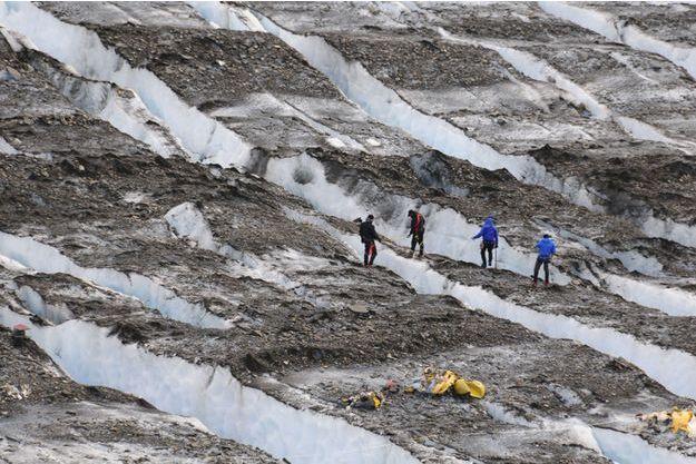 Les recherches avaient repris à l'été 2012 après 'un hélicoptère de la Garde nationale de l'Alaska avait repéré des débris lors d'un entraînement à l'ouest de Mount Gannett.
