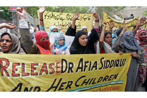 Bon nombre de pakistanais ont érigé Affia Saddiqui en héros et réclame sa libération.