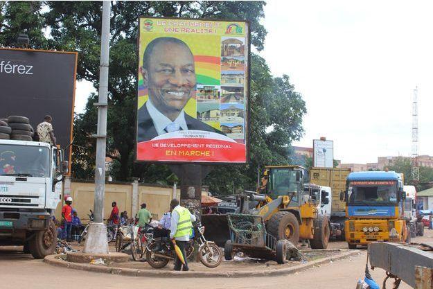 Une affiche électorale pro-Condé à Conakry.