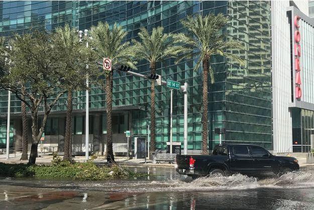 Après le passage d'Irma, Miami les pieds dans l'eau.